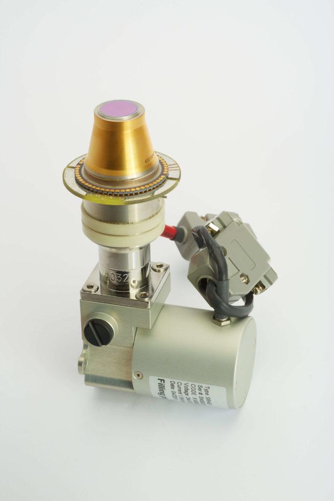 Stirling cryocooler with IR detector