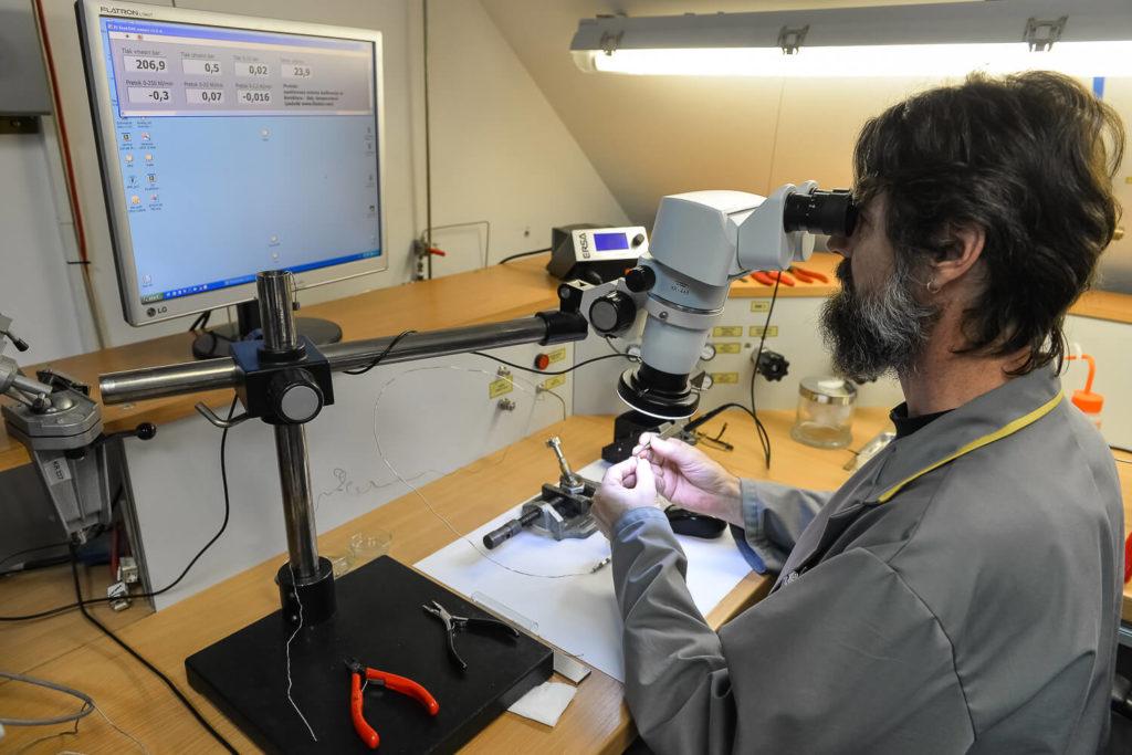 Checking Cryocoolers for IR sensors